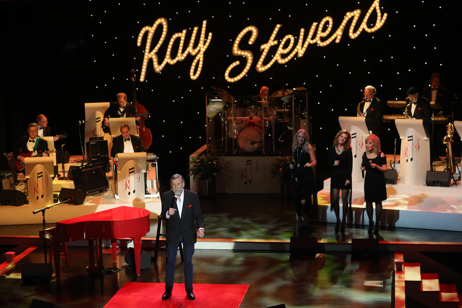 Ray Stevens Dinner and Live Music Shows, a Nashville attractions, nightlife, date night, and the perfect thing to do in Nashville